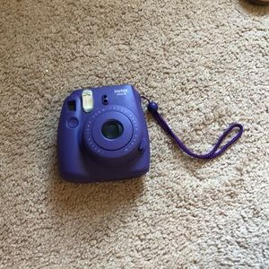 Polaroid camera with case, instax mini 8